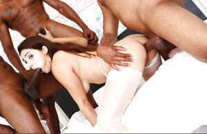 Black boys know what white girl wants and fool around with her all together