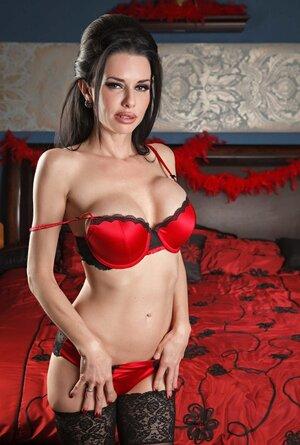 Diva in a black dress wears red underwear under it but soon deletes it