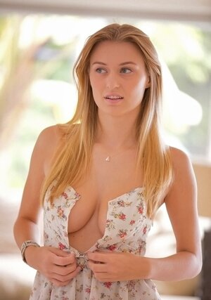 Blonde adult entertainment actress Natalia Starr from Poland additionally exposes natural bra buddies and additionally nice ass